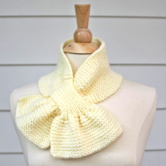 Knit Scarf Scarflette Keyhole Scarf Cream White Warm Winter On